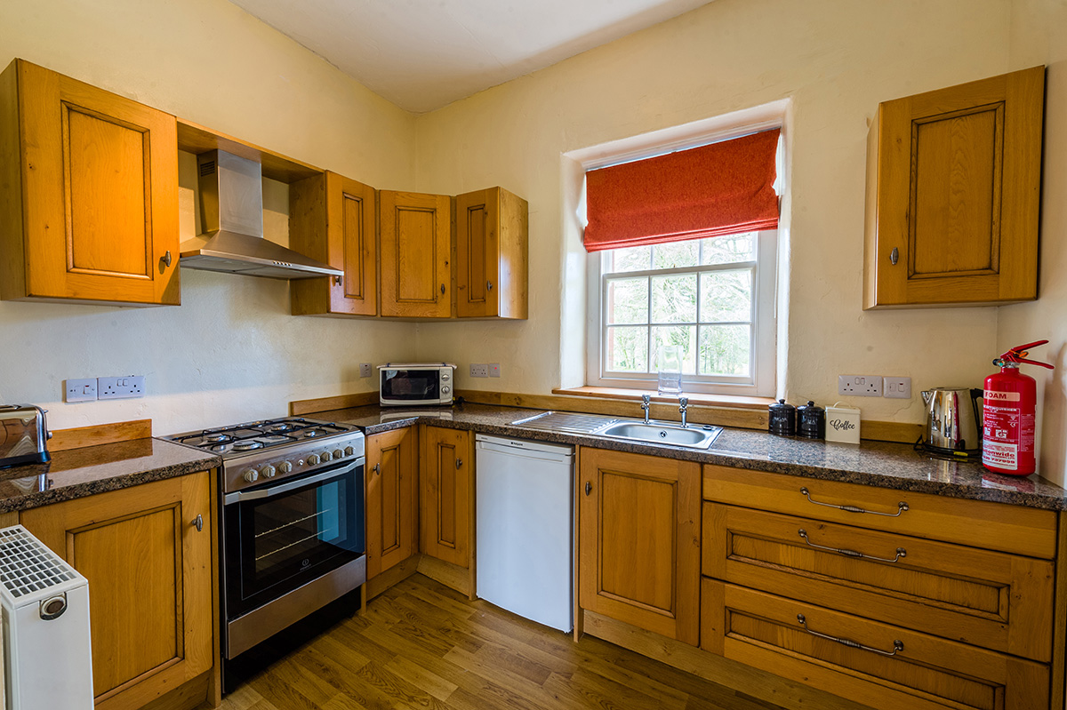 Well equipped kitchen in the self-catering holiday accommodation in Cumbria